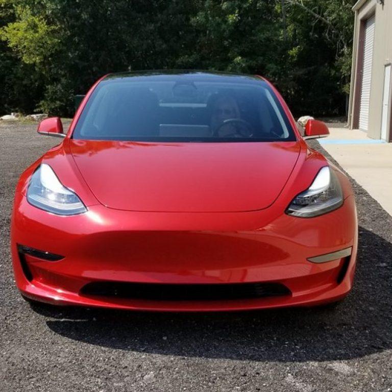 Gloss Dragonfire Red Tesla Model 3